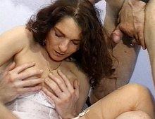 Papi baise sa femme de ménage